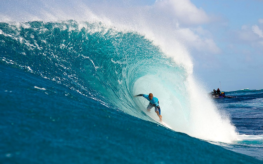 Dorian vs Slater Quatert Final heat @ Pipeline - Dec 2012