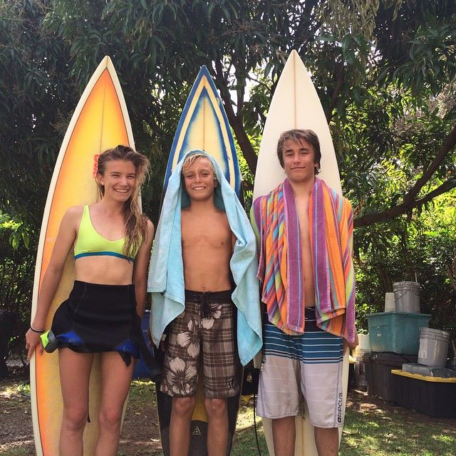 Ed, Maria & Max getting a taste of real waves @ Sunset - 2015 North Shore Winter!